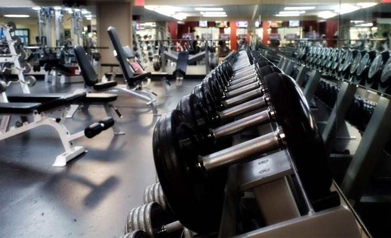 Тренування вдома чи в тренажерному залі? Плюси і мінуси.