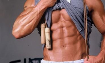 Програма тренування м'язів преса вдома